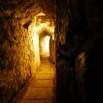 unterirdischer Fluchtgang | Подземный переход