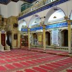 Gebetsaal der Ahmed-el-Jazzar-Moschee | Молитвенный зал мечети Аль-Джазир