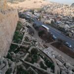 Blick über die Stadtmauer | Вид с городской стены