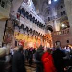 In der Grabeskirche | У входа в Кувуклию