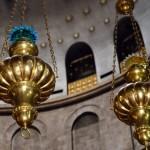 Leuchten in der Grabeskirche | Свод и лампады в Храме Гроба Господня