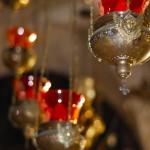 Leuchten in der Grabeskirche | Лампады