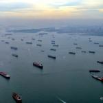 Корабли на рейде в сингапурской гавани | In der Bucht von Singapur