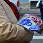 Straßenverkäuferin | Продавщица варежек